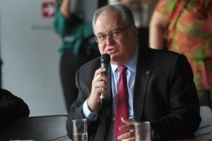 Roberto Andrade defende que a vontade da população na escolha de um serviço deve ser respeitada