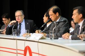 Roberto Andrade propôs uma audiência para debater o consumo excessivo de álcool pelos jovens e adolescentes