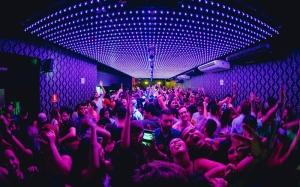 """A iniciativa de proibição das festas """"open bar"""" é do deputado Roberto Andrade"""