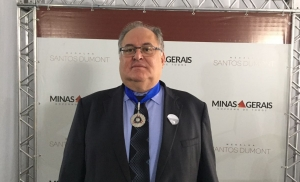 Roberto Andrade recebeu a medalha de grau prata